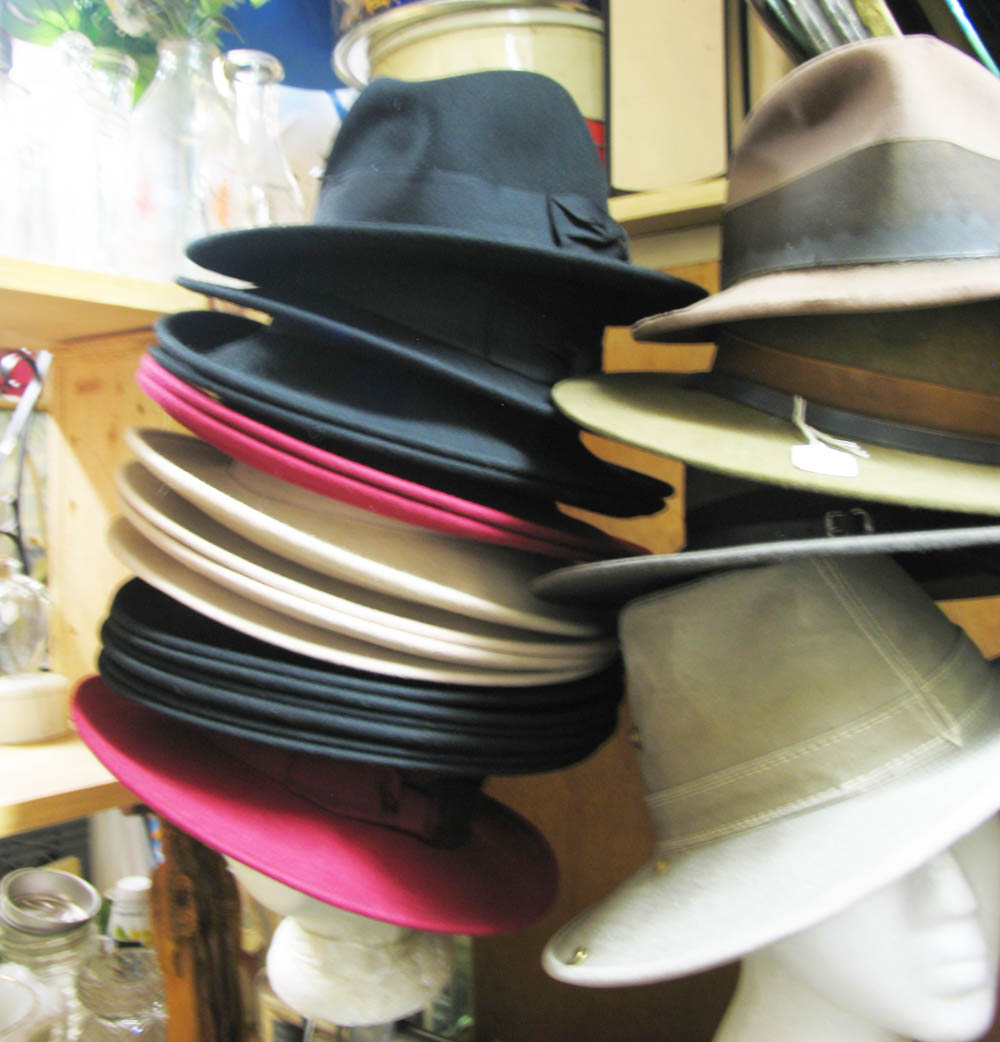 Back at 2 Silhouettes, Fedoras