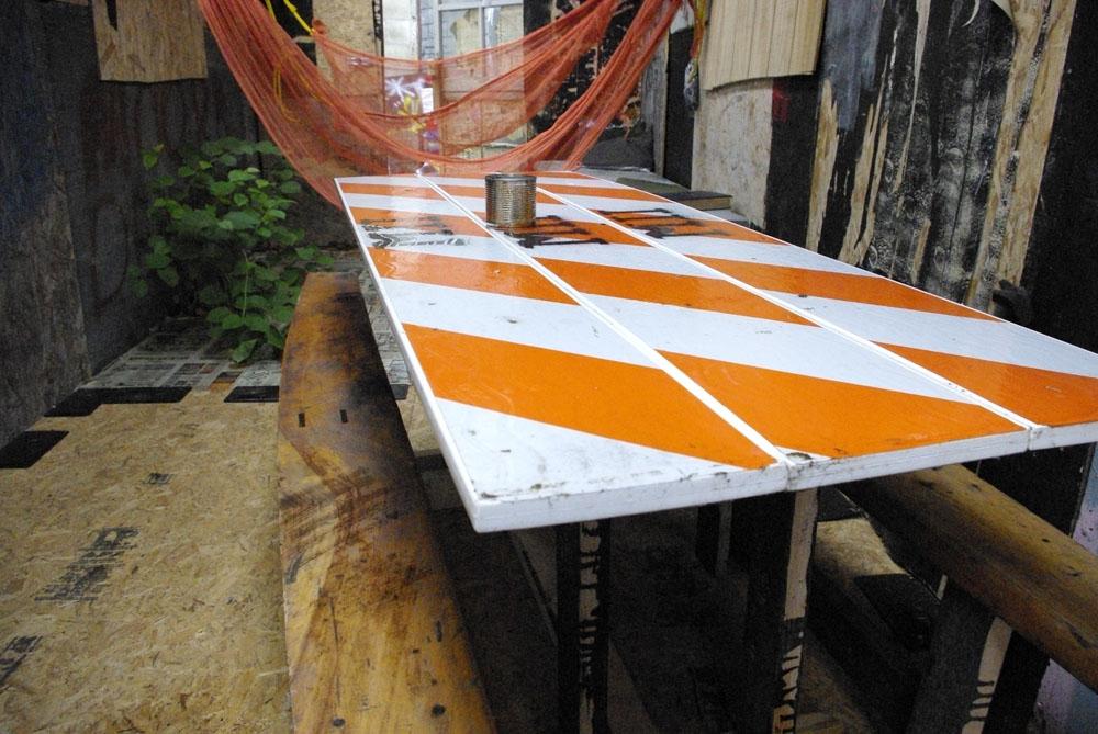 shanty-dining-table