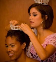 Miss Brooklyn 2008 crowns her successor