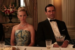 Brokelyn poll: How do you take your Mad Men?