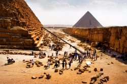 For nomads, a chance to wander to Egypt