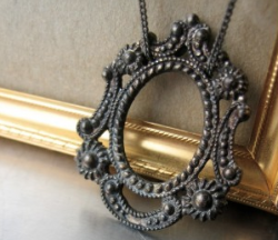 25 gifts under $25 No. 17: vintage frame necklace