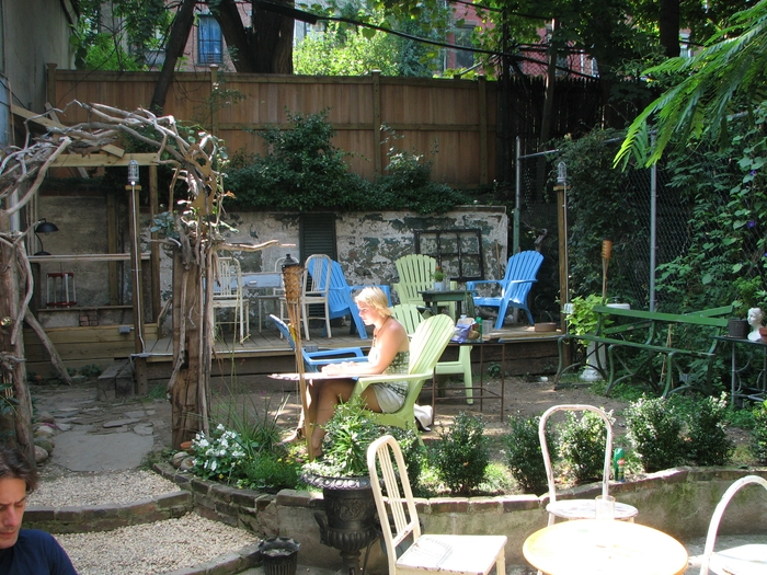 Backyard Cafe laptop, coffee, suntan: brooklyn's best outdoor cafes to do work in