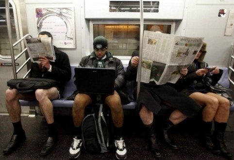Commuter alert: Free subway wifi for you all summer