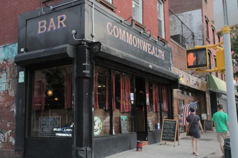 Gritty, crusty and oh-so-cheap: The 18 best dive bars in Brooklyn