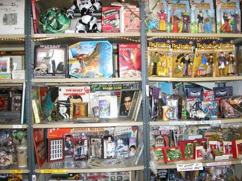 A huge comic warehouse sale with free snacks (and Fat Albert board games)