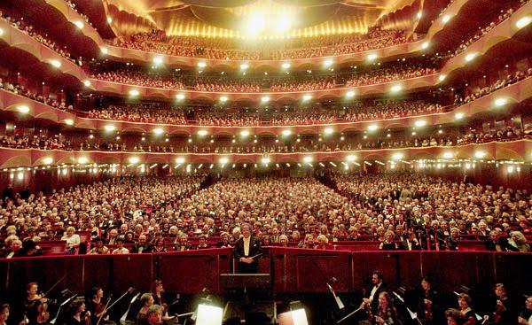 PRVI PUT U 140 GODINA DUGOJ HISTORIJI: Metropolitan opera otkazala cijelu sezonu