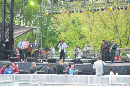 Lee Fields and the Expressions get the day off to a funky start. Photo by Mary Dorn