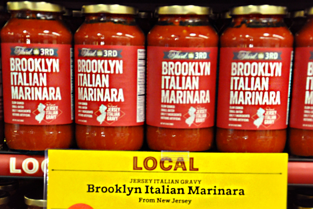"Why not split the difference and call it ""Staten Island Marinara""?"