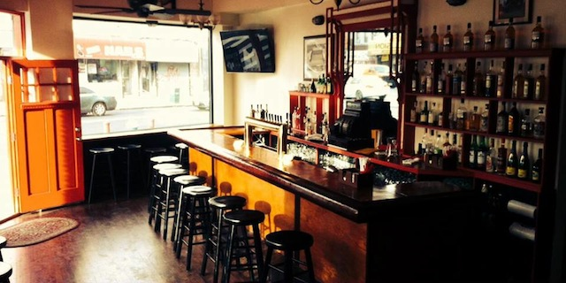 Bars We Love: Hoist a pint at Highbury Pub!