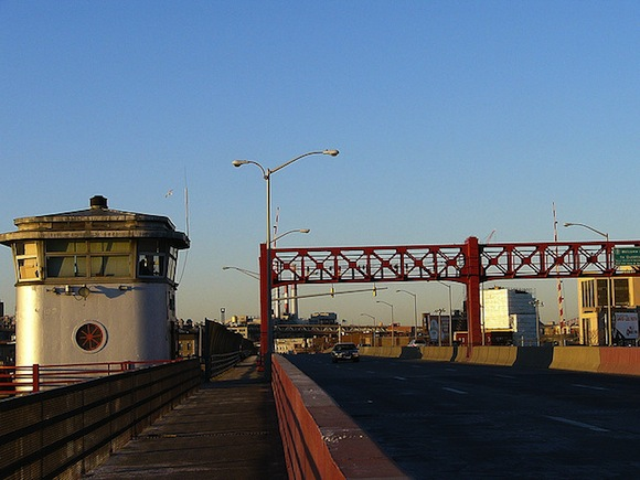 Join amateur architects on Saturday to see if Pulaski Bridge is falling down