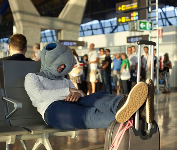 This is one way to stay comfortable in an airport