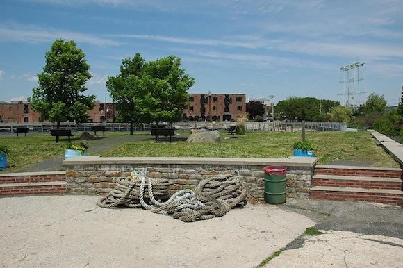 Pier 44 Waterfront Garden, Red Hook