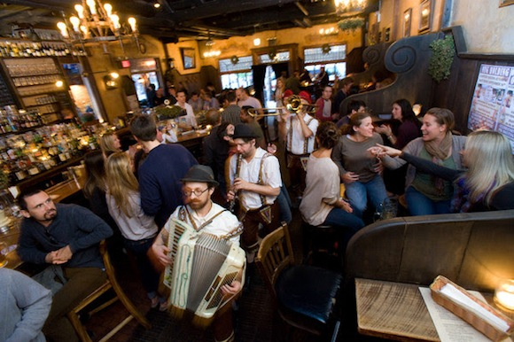 Cheap and free Oktoberfest 2014 events you can still attend in Brooklyn