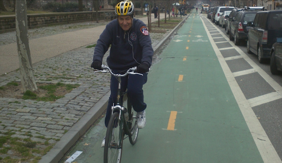 Senator Chuck Schumer has bad cycling etiquette