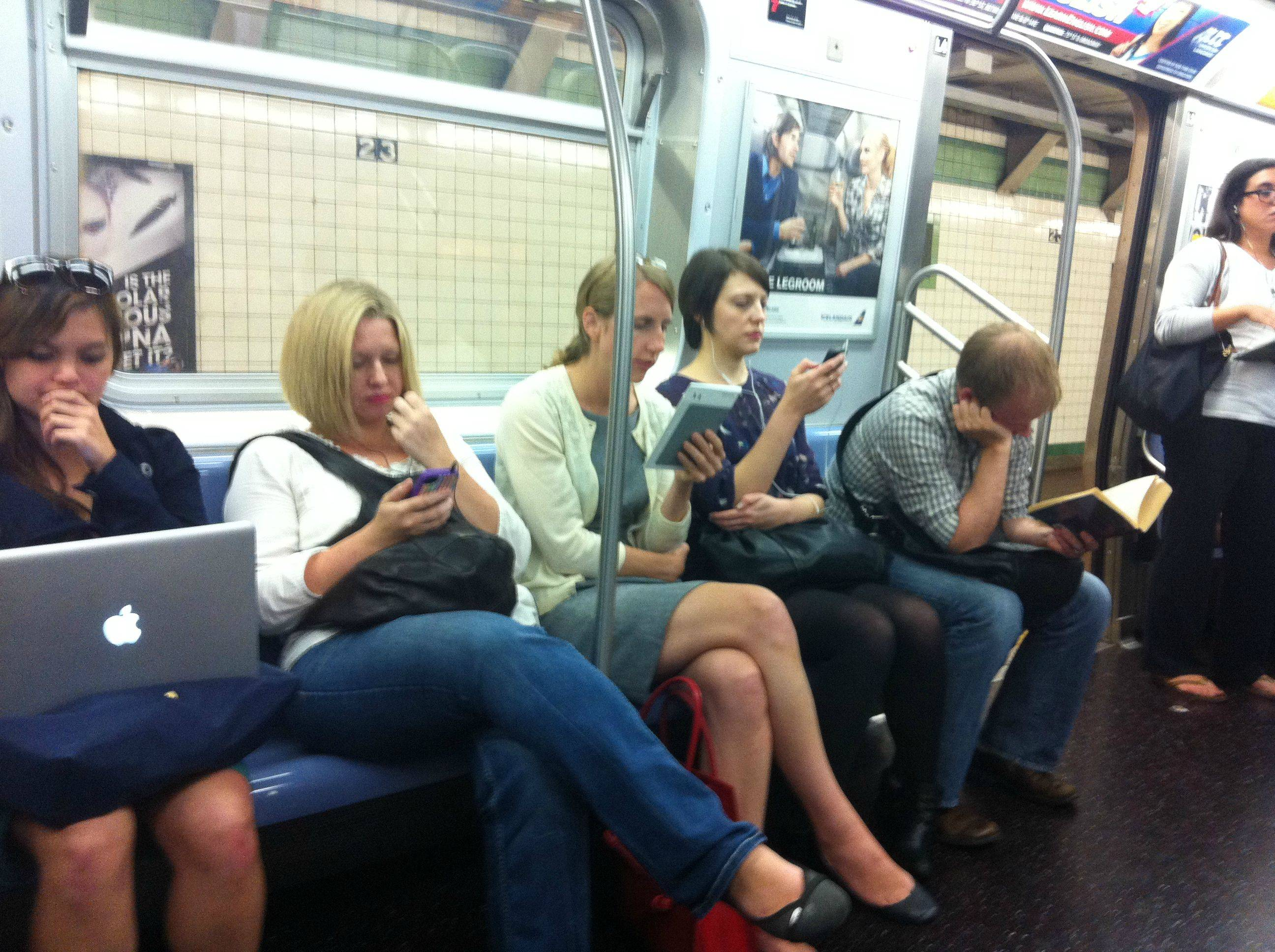 Free subway WiFi expands in NYC, but not to Brooklyn
