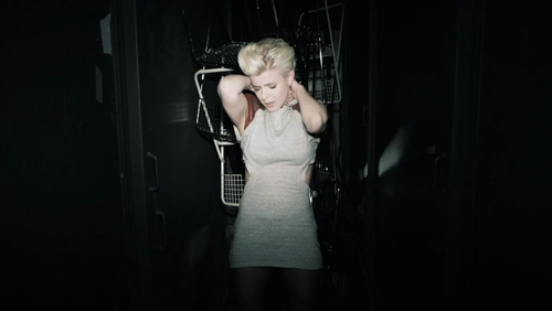 Call your girlfriend: It's the last Robyn dance party ever
