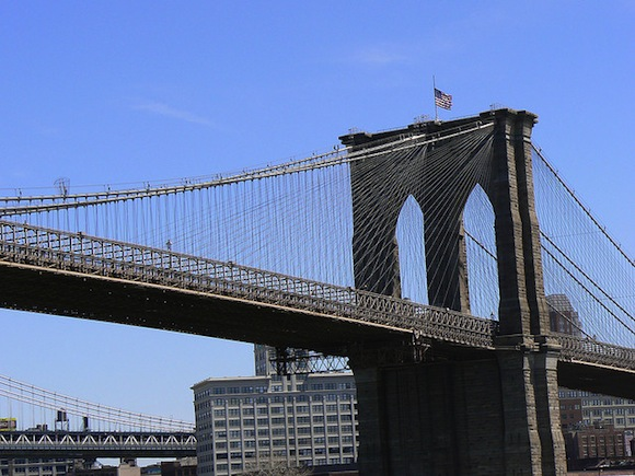 Is it time to ban tourists from the Brooklyn Bridge?