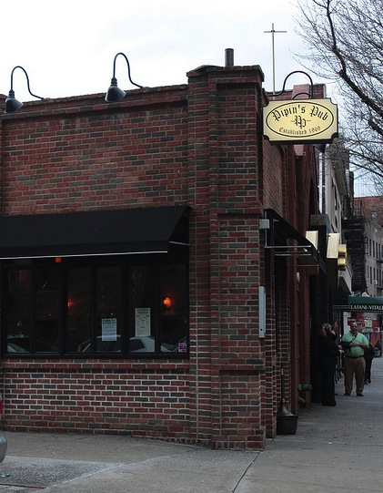 Bars we love: Eat drink and be merry at Pipin's Pub!