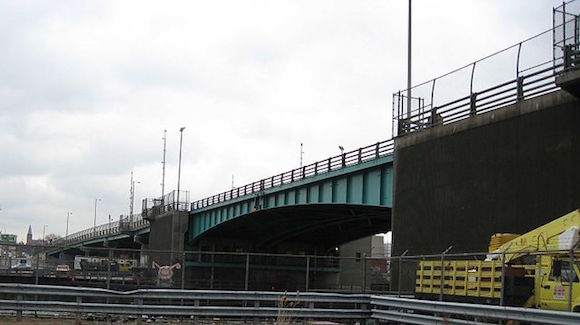 greenpoint avenue bridge