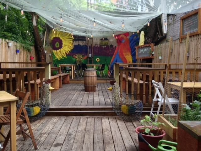 The backyard at j'eatjet, your new summer hideaway.
