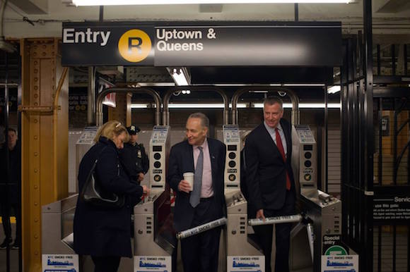 bill de blasio subway
