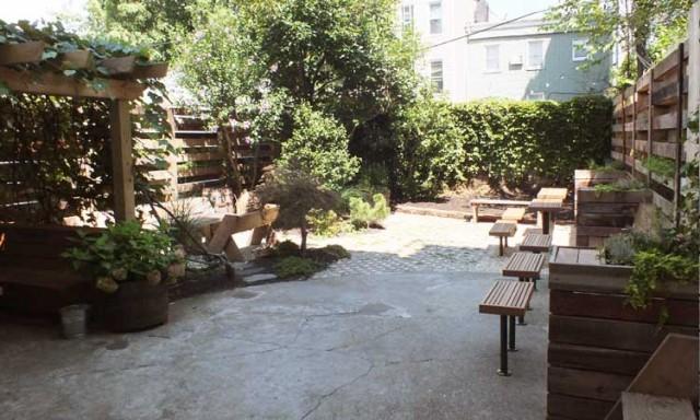 Lots of room to get a whiskey tan at Noorman's Kil. Via noormanskil.com