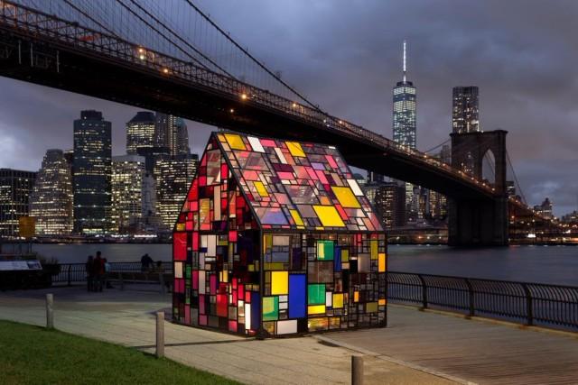 Photo by Etienne Frossard, via Brooklyn Bridge Park Twitter