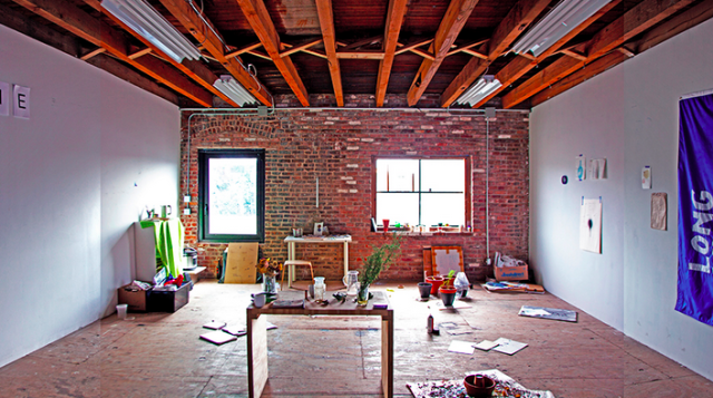Your Guide To Free And Cheap Artist Studio Space In Brooklyn Fascinating 3 Bedroom Apartments Nyc No Fee Ideas Property