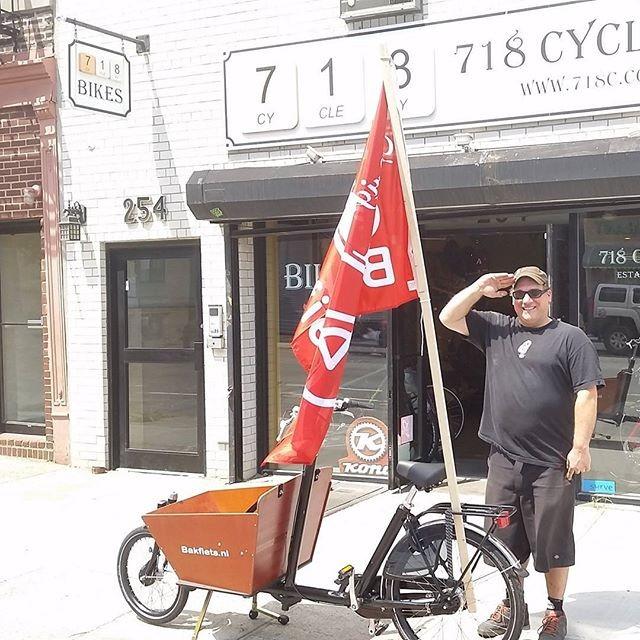 Get converted at a hootenanny. via 718 Cyclery