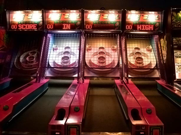 Top 10: The best cheap things to do in Brooklyn this week, boozy skee-ball edition