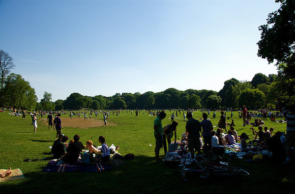 There's still time to picnic, don't let anyone tell you different today. via flickr user Kilgub