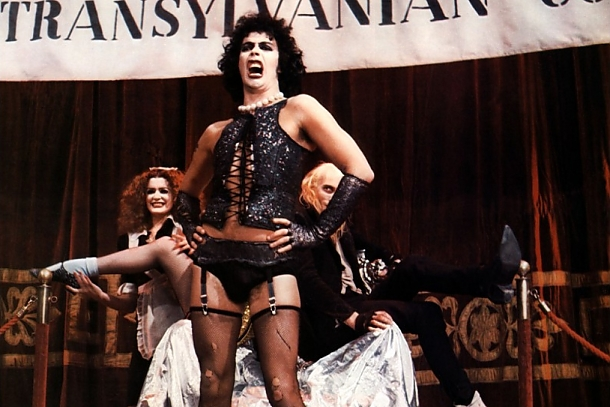 Get seduced by this transexual Transylvanian in Williamsburg