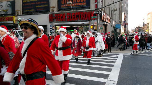 The official NYC SantaCon expert survival guide