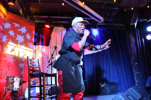 Coolio served up chili, performed a new track and gave out some of his personal budget cooking tips. Photos by Anna Spivak.