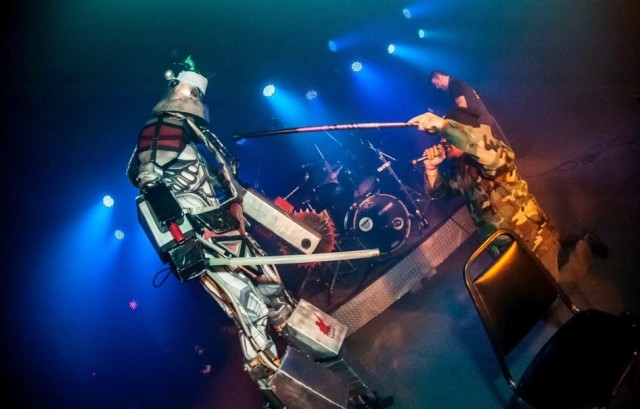 All the best bands play with robots (#) (pic by Lee Hoffman)