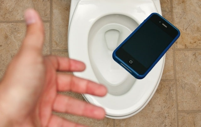 Dropping my phone into a toilet was a great reality check, you should try it once