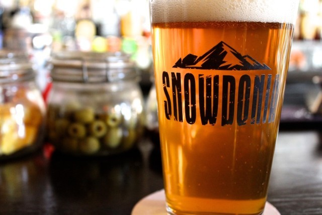 Your 16-ounce pint is just the beginning at Snowdonia.