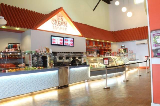 Williamsburg's Ice Cream House, via Facebook.