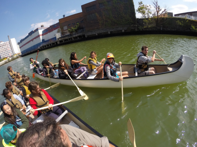The North Brooklyn Boating Club provides free canoe rides on select summer Saturdays. Photo via NBBC