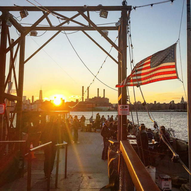 The Brooklyn Barge's waterfront views are much more photogenic than its bags set-up. Photo via @muchodesign on Instagram.