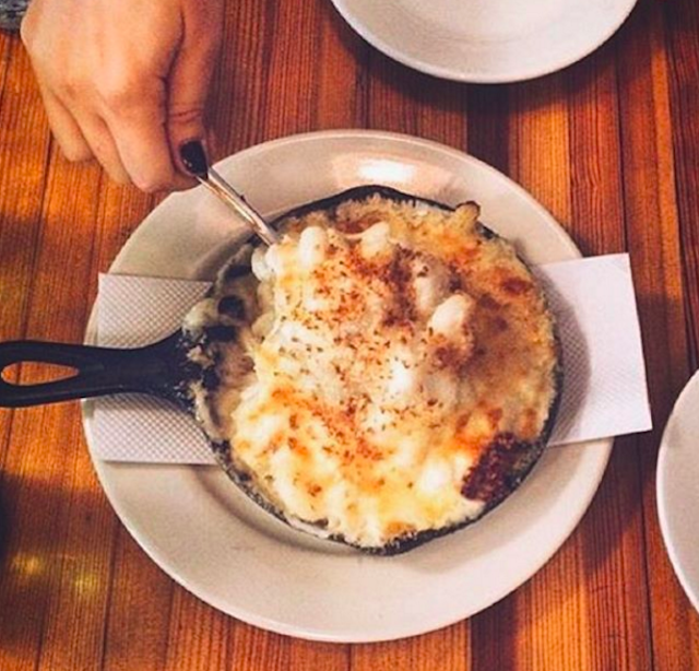 Stuff your face with free southern-inspired comfort food at the Brooklyn Bazaar tonight