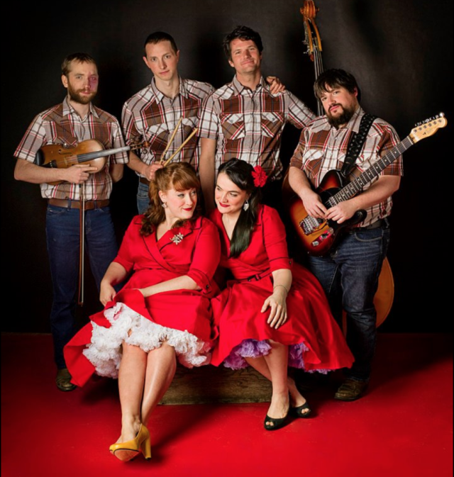 Sing sweet seasonal songs with the Sweetback Sisters (#19) (pic by Gisel Florez)