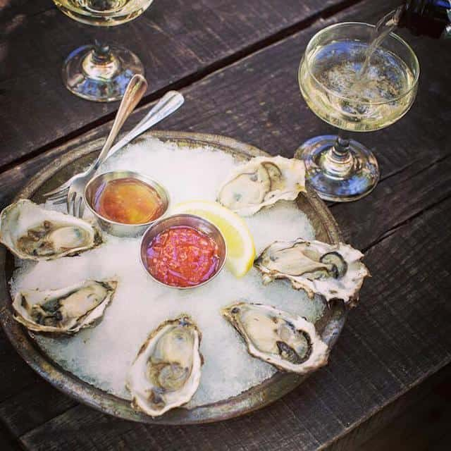 A guide to every $1 oyster happy hour in Brooklyn