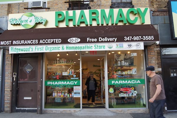 Finally, a healthy pharmacy and grocer that won't wreck your mental health