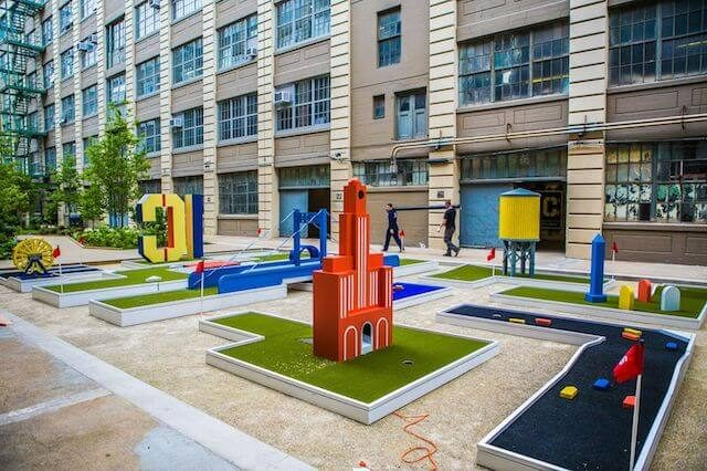 PHOTOS: Industry City's new mini golf court pays homage to the BQE