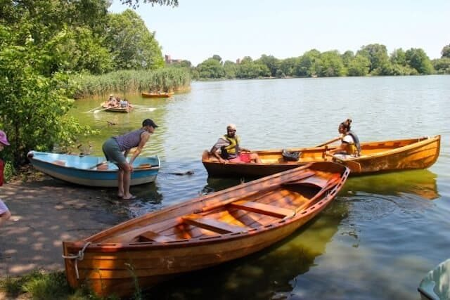 Turn Prospect Park into your own pseudo-yacht club with free rowing every Saturday
