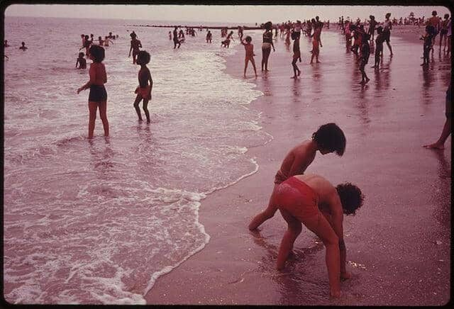 Riis Park Beach in 1942. Photo by Danny Lyon via National Archives Catalog