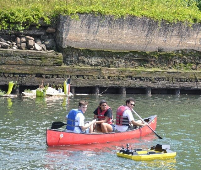 Operate water robots and canoe on the Gowanus Canal for free tomorrow