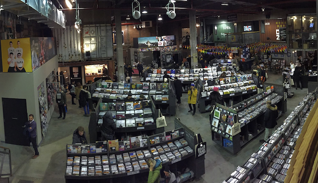 W'burg record store offering vinyl subscription service for your hippest friends